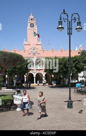 Palacio Municipal and Ayuntamiento, Town Hall, Plaza Mayor, Zocalo, Merida, capital of Yucatan State, Mexico - Stock Photo