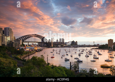 View over Lavendar Bay toward the Habour Bridge and the skyline of central Sydney - Stock Photo