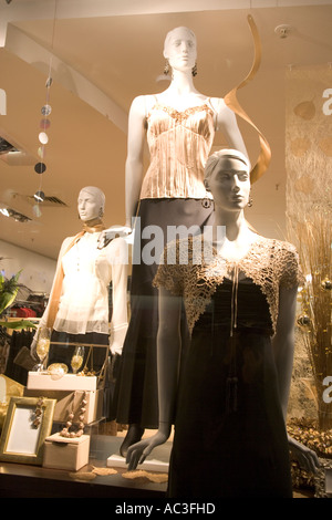 'womens clothes displayed on mannequins in a shop window 'Display Christmas Time,UK,GB,Mannequin, - Stock Photo