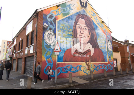 Republican murals Falls Road Belfast - Stock Photo