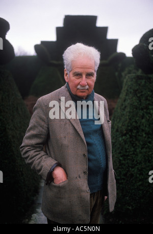 Christopher Lloyd at Great Dixter East Sussex England 1990 Portrait of the garden designer author and plantsman - Stock Photo
