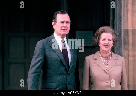 Margaret Thatcher with George Bush at Chequers, London, 1984 - Stock Photo