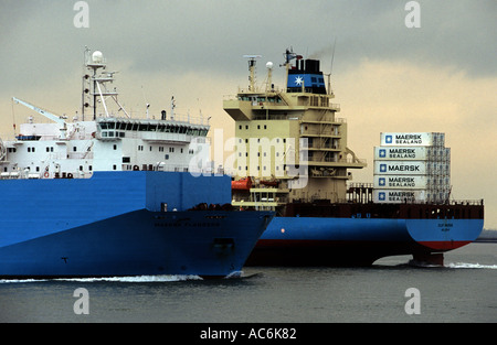 Maersk container ships, Port of Felixstowe, Suffolk, UK. - Stock Photo