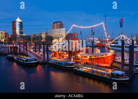light vessel lv13 at hamburg harbour at dusk hamburg germany stock photo royalty free image. Black Bedroom Furniture Sets. Home Design Ideas