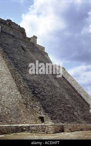 geography / travel, Mexico, Uxmal, Piramide Del Adivino (pyramid of magician), detail: great stairs, exterior view, - Stock Photo