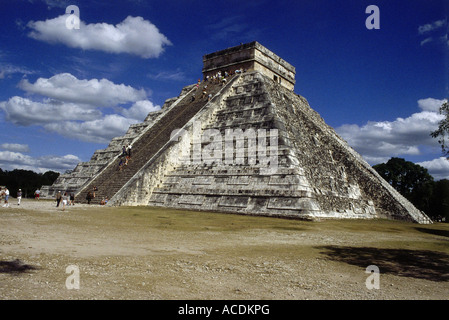 geography / travel, Mexico, Chichen Itza, Maya town, founded in 5th century AD, Kukulcan temple, pyramid 'El Castillo', - Stock Photo