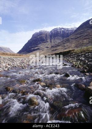 dh The Three Sisters range GLENCOE COE RIVER ARGYLL SCOTLAND Flowing water mountainous peaks glen close up rapids