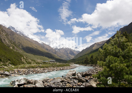 India Himachal Pradesh Kinnaur Baspa Valley Village of Chitkul 3460m view of the valley with baspa river and snowy - Stock Photo