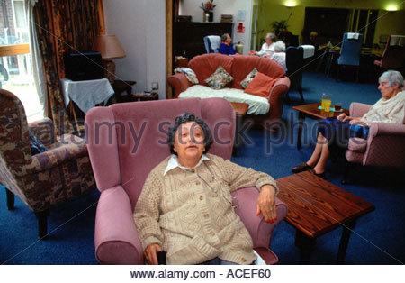Ordinary Living Rooms Elderly