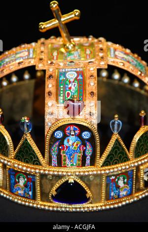 Matyas Matthias Mattias Church St Stephens crown detail close-up close up Hungary Europe - Stock Photo