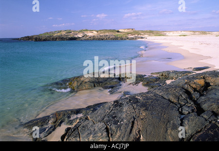 The turquoise water and white sand of False Bay, Mannin Head, Connemara, County Galway, Ireland. - Stock Photo