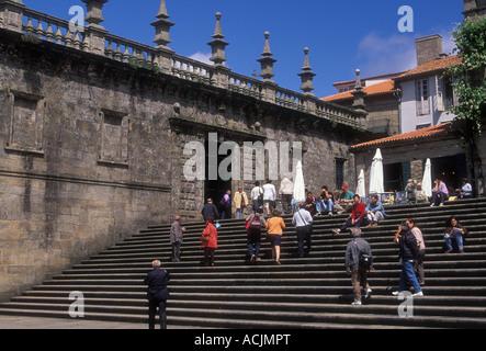 Spaniards, Spanish people, tourists, Plaza de la Quintana, Santiago de Compostela, La Coruna Province, Spain, Europe
