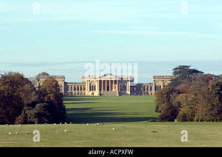 PICTURE CREDIT DOUG BLANE Stowe Public School Buckingham MK18 5EH England Stowe Public School - Stock Photo