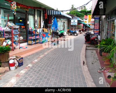 Shop line path at Hat Sai Ri beach Ko Tao island Thailand - Stock Photo