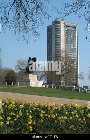 London Hyde Park and Hilton Hotel in Park Lane statue of Achilles by Richard Westmacott commemorating Duke of Wellington - Stock Photo