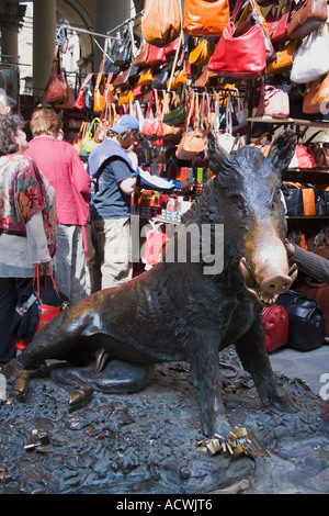 Florence Straw Market with a brass sculpture of a wild boar 'Il Porcellino' Italy Europe EU - Stock Photo