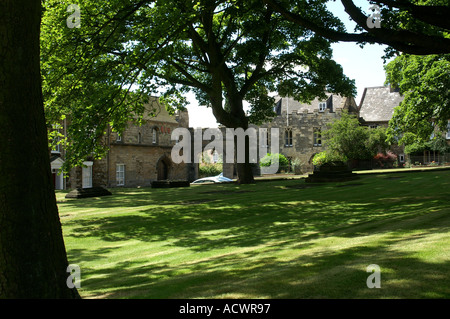 North gate Minster yard Lincoln cathedral Lincolnshire England UK United Kingdom Europe - Stock Photo