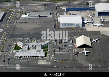 Aerial view of commercial airline operation at Newark Liberty International Airport, Newark, New Jersey, U.S.A. - Stock Photo