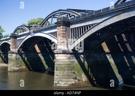 Barnes Bridge River Thames London Stock Photo