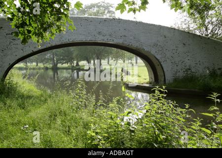 A Footbridge over the Grand Union Canal Near Hemel Hempstead - Stock Photo