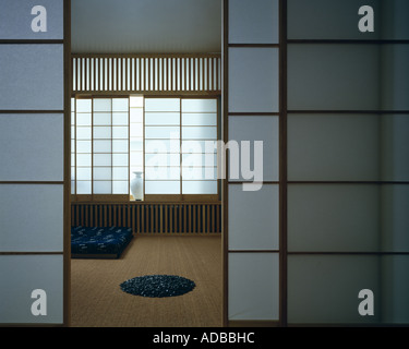 Minimal Japanese Style Flat in London, 1987. Living Room with screens of shozi paper and ash battens. - Stock Photo