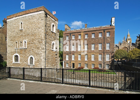 The Jewel Tower part of original Palace Of Westminster together with other remains and adjacent more modern buildings - Stock Photo