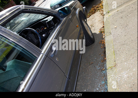 Shattered Glass Door Stock Photo 9497069 Alamy