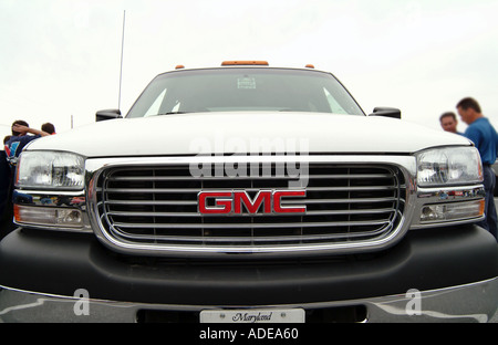 GMC Pick up truck american car SUV army vechical car gas guzzler gasguzzler general motors brand lifestyle offroader - Stock Photo