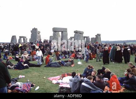 Dawn celebrations at the summer solstice in Stonehenge Wiltshire England - Stock Photo