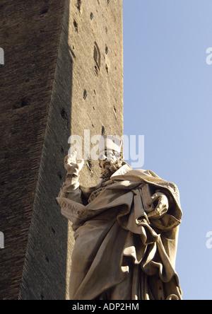 Le due torri asinelli tower and the smaller garisenda - Piazza di porta saragozza bologna ...