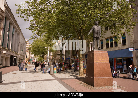 Wales Cardiff Centre Queen Street statue of Aneurin Bevan National Health Service founder - Stock Photo