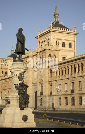 Academia de Caballeria with statue to Zorrilla in Plaza Zorrilla Square, Valladolid, Castile and Leon, Spain - Stock Photo