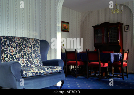 Living room in traditional british victorian Bed and Breakfast - Stock Photo