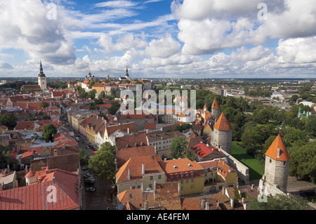 Medieval town walls, defence towers, rooftops of the Old Town, UNESCO World Heritage Site, and Toompea Hill, Tallinn, - Stock Photo