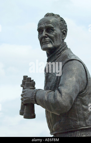 Statue of Captain F. J. Walker CB DSO commander of the Second Escort anti-submarine group during WW2.  Albert Dock, - Stock Photo