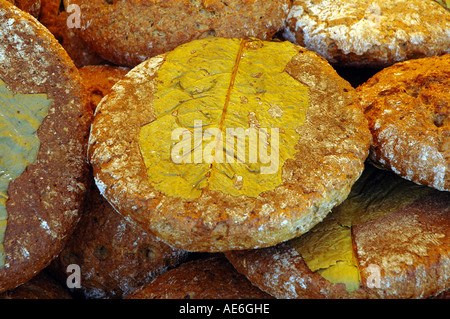 Bread baked on a horseradish leaf without preservatives on