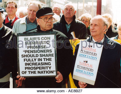 National Pensioners demonstration convention at 10th Pensioners Parliament Blackpool 14 May 2002 UK - Stock Photo