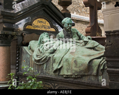 Charles Pigeon Family tomb shows the French industrialist and inventor in bed with his wife Cimetiere du Montparnasse - Stock Photo