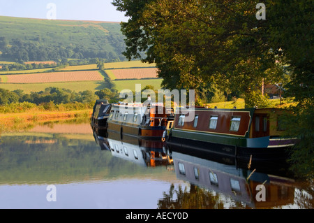 wales brecon beacons national park the monmouthshire and brecon canal near tal y bont - Stock Photo