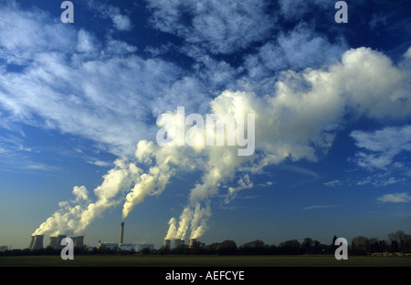 giant steam clouds rising from drax coal powered power station drax yorkshire uk - Stock Photo