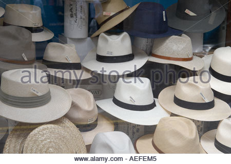 Panama Hats in Jermyn Street in London CREDIT Geraint Lewis - Stock Photo