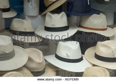 Panama Hats in Jermyn Street in London CREDIT Geraint Lewis - Stock Photo