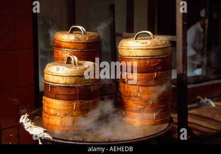 Dumpling steamers in the backstreets of the Old Chinese City, Shanghai, China - Stock Photo