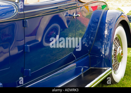 1932 Packard Side - Stock Photo