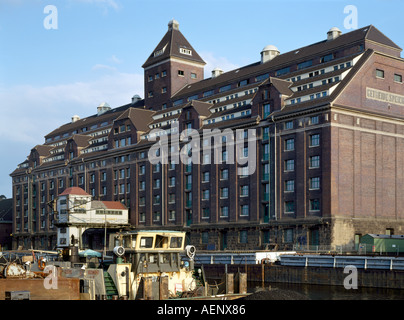 Berlin, Westhafen, Getreidespeicher - Stock Photo