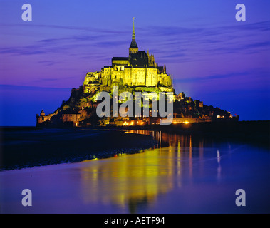 Le Mont Saint-Michel at night Normandy France - Stock Photo