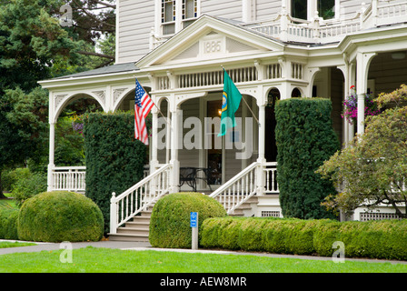 The Marshall House Officers Row Fort Vancouver National Historic Park Washington - Stock Photo