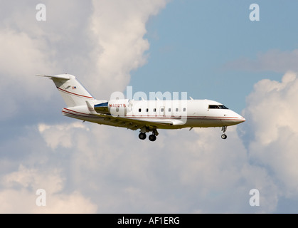 Canadair CL 600 2B16 Challenger 601 3A business jet landing at London Stansted - Stock Photo