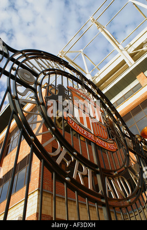 Sunderland Football Club badge on the gates to the Stadium of Light - Stock Photo