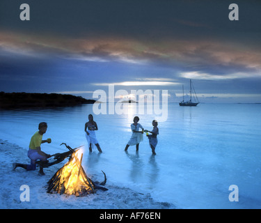 BS - BAHAMA ISLANDS: Barbeque at Grand Cay - Stock Photo